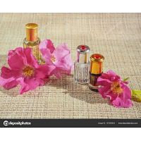Expositores de perfumaria e cosmética admite colaboradores