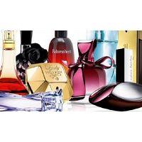 Colaborador para stands de perfumaria e lar